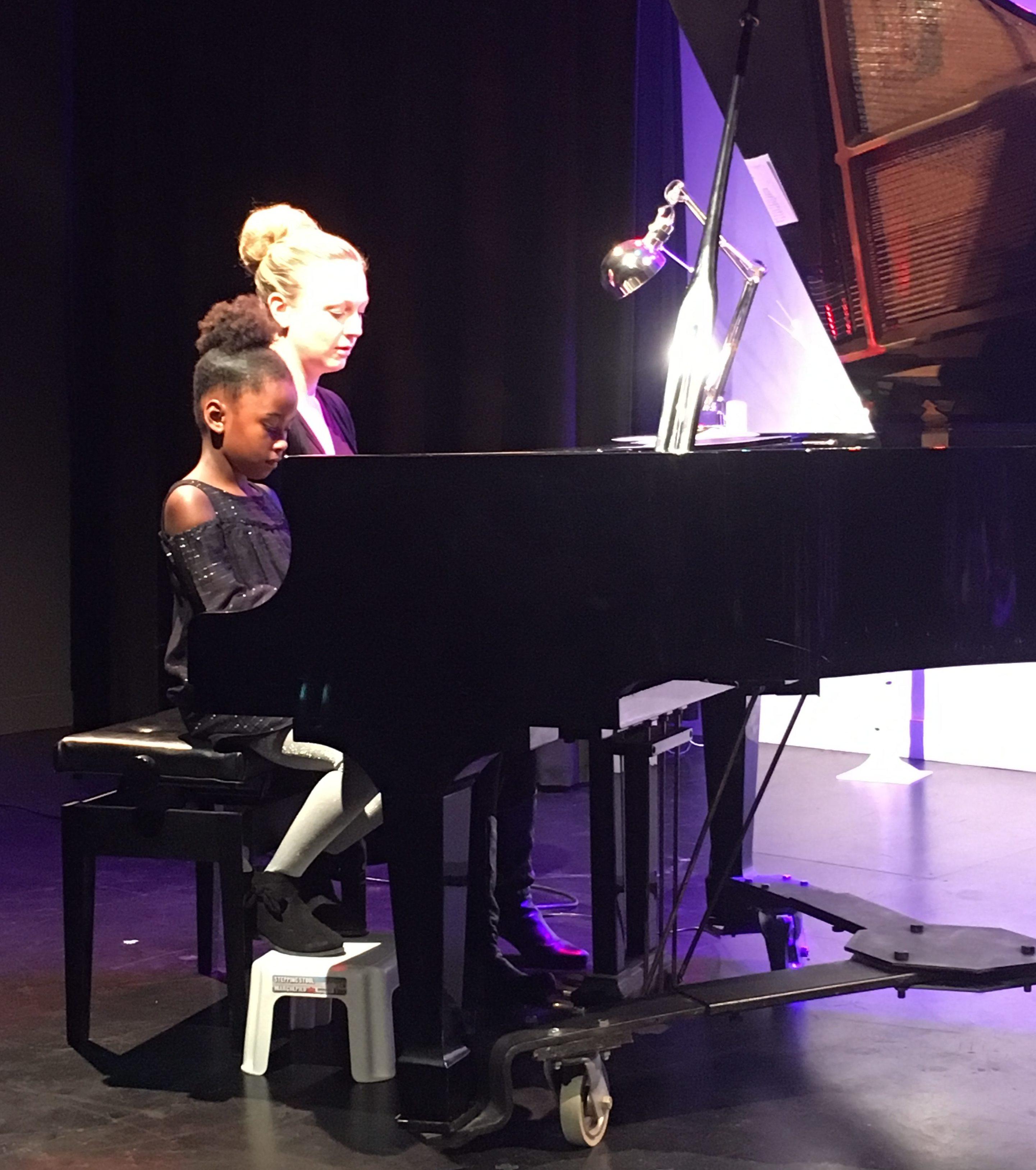 Private Piano Lessons in North York | Bravo Academy